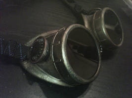 Steam Punk Goggles by SirPreacher
