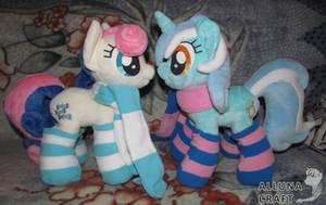 Bon Bon (Sweetie Drops) and  Lyra Heartstrings by AllunaCraft