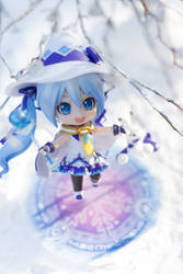 Magical Snow Miku by kixkillradio