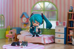 Miku 2.0 Rockin out in her Bedroom