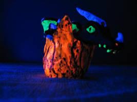 Black light reactive Dragon hatchling Glowing!