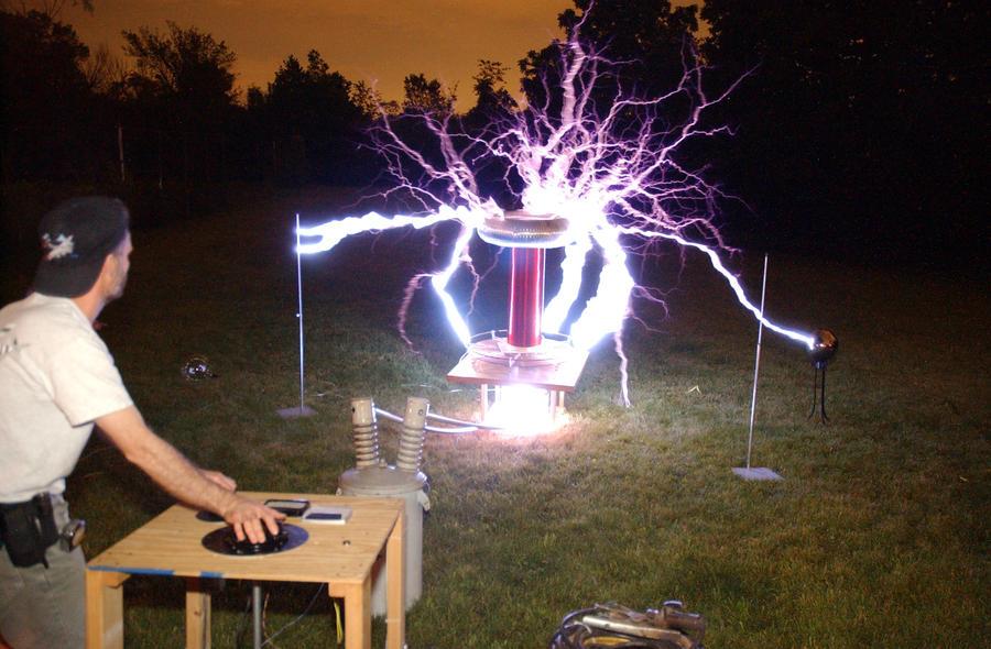 Pubg By Sodano On Deviantart: Tesla Coil 1 By Mmad-sscientist On DeviantArt