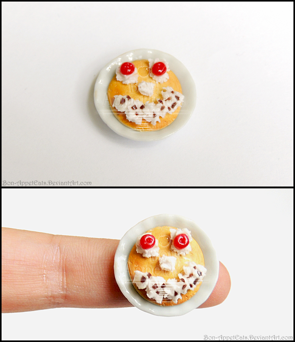 IHOP Funny Face Pancake Plate by Bon-AppetEats