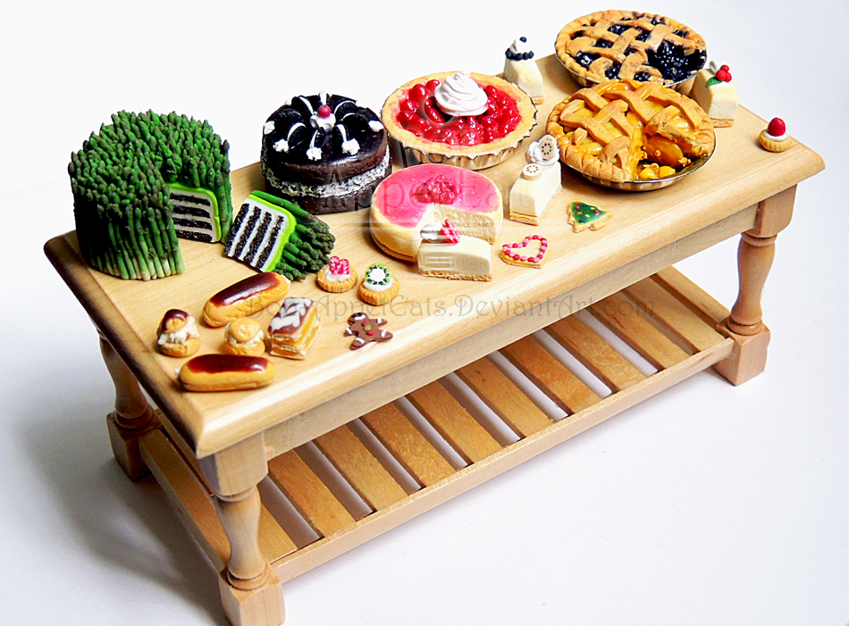 Dessert table by bon appeteats on deviantart - Tables roulantes dessertes ...