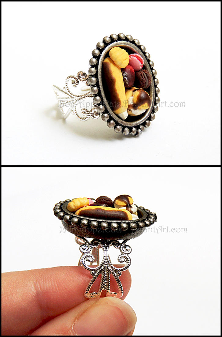 Pastry Tray Ring by Bon-AppetEats