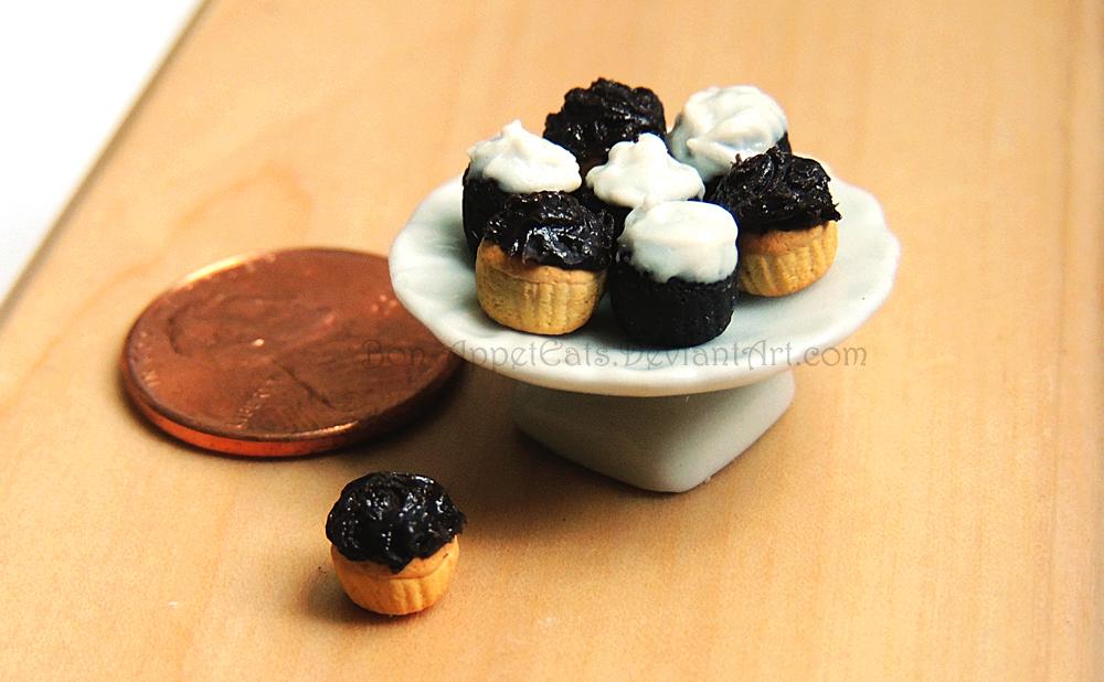1:12 Cupcakes by Bon-AppetEats