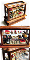 1:12 Pastry Display Case Detail