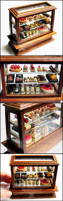 1:12 Pastry Display Case Detail by PepperTreeArt