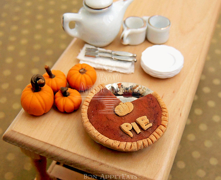 1:12 Pumpkin Pie by Bon-AppetEats