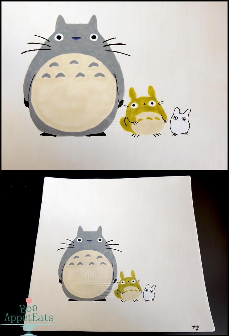 Totoro Themed Plate by Bon-AppetEats