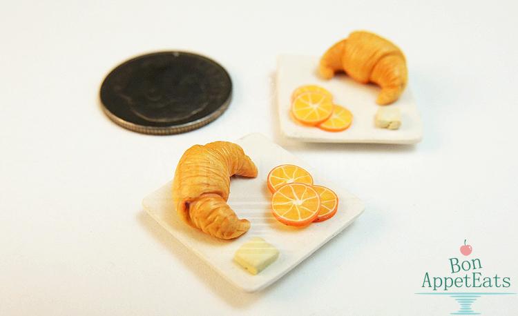 1:12 Croissant Plate by Bon-AppetEats