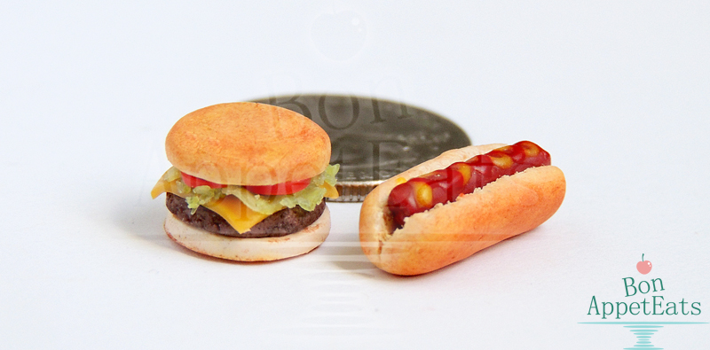 1:12 Cheeseburger and Hot Dog by Bon-AppetEats