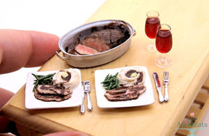 1:12 Scale Roast Beef Dinner by PepperTreeArt