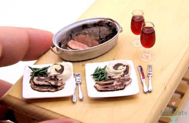 1:12 Scale Roast Beef Dinner by PepperTreeArt