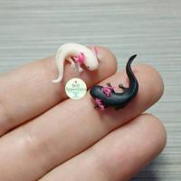 Tiny Axolotls by PepperTreeArt