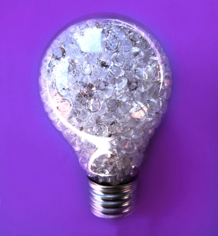 Diamond Idea (on purple) by Caen-N