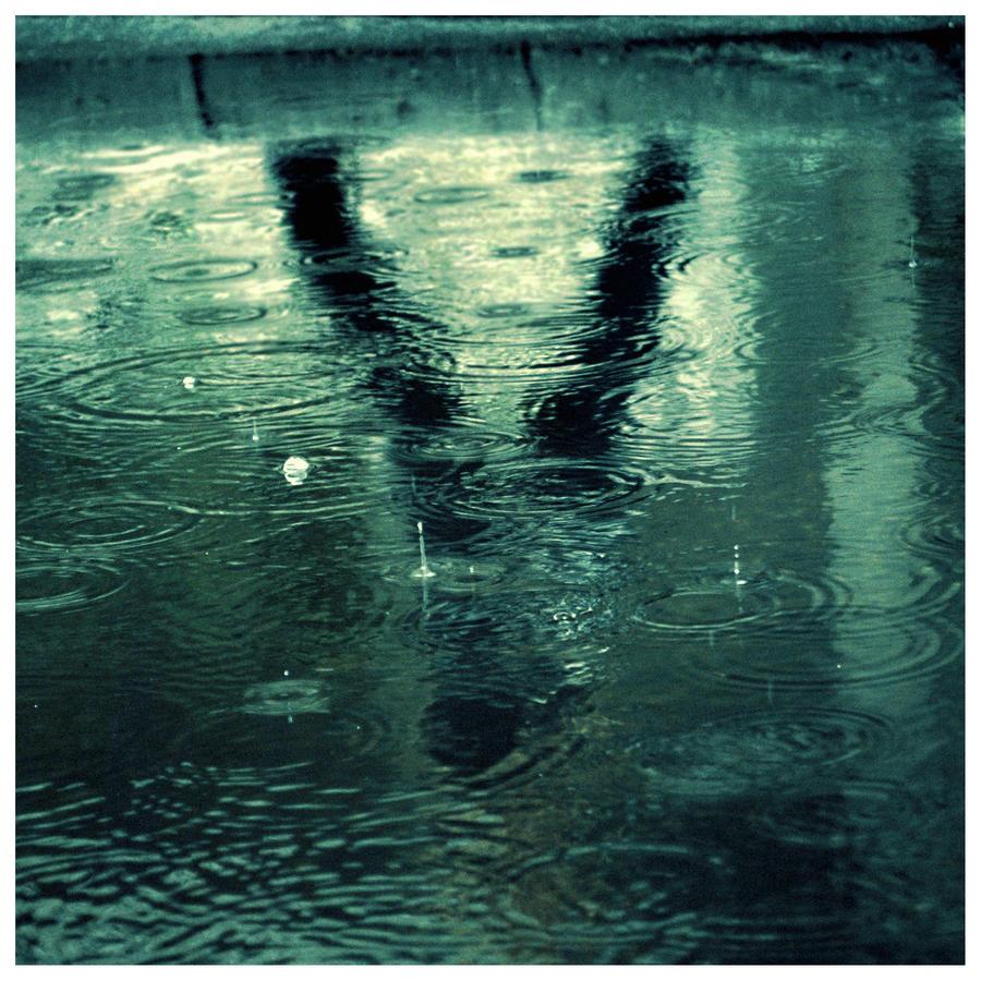 Rain by VeLuna