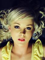 blue eyes.blonde hair by lullacrie