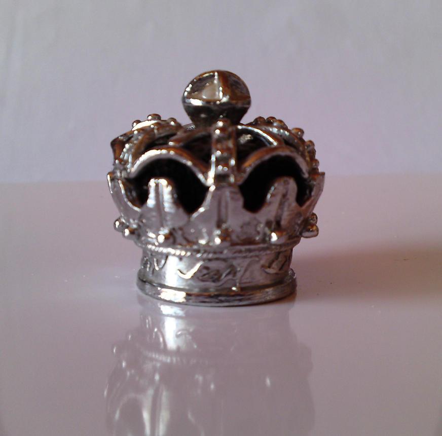Crown Stock II by EmazingMessedUpOwsum