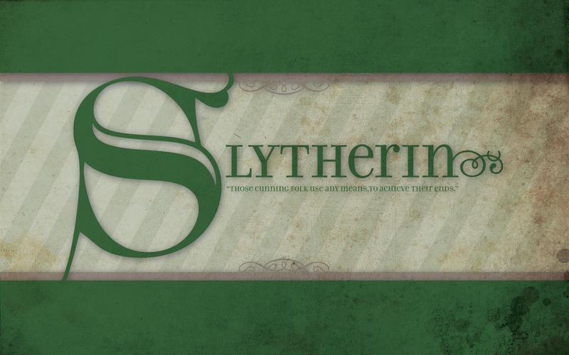 Slytherin Wallpaper by rinabina123