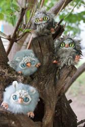 Owls on the tree by KrafiCat