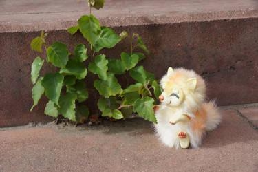 Yunmei Mirai toy and birch tree by KrafiCat