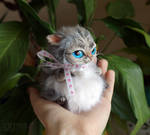 Fatty cat mini toy with ribbon