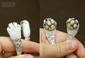 WIP: White paws for a toy in wire skeleton by KrafiCat