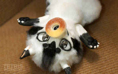 Mebicat mini doll and tiny sweet donut