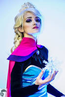 Coronation Elsa Cosplay by TriforceGirl18