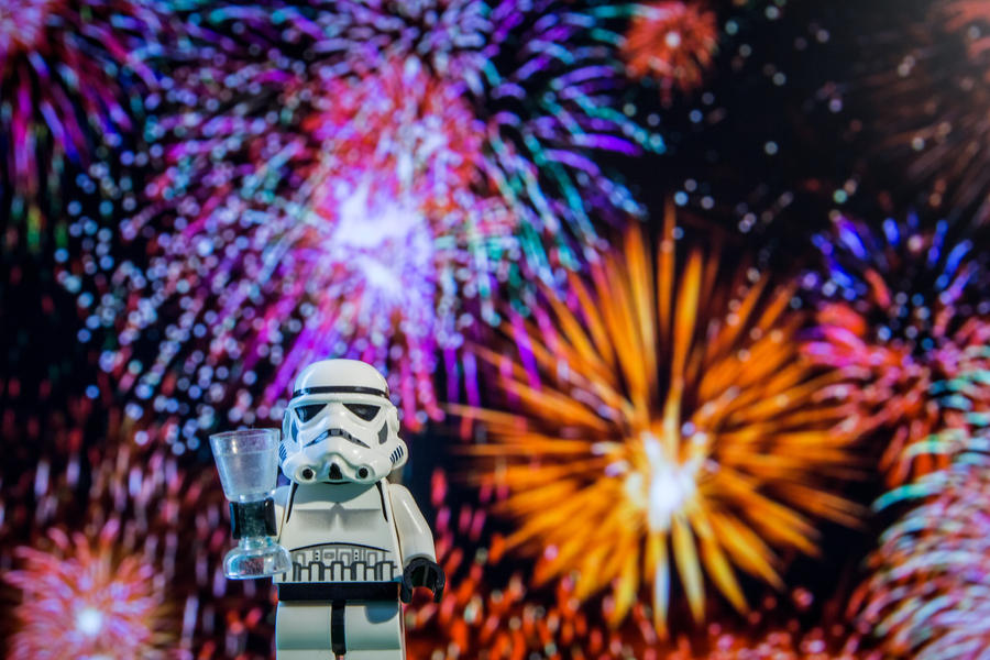lego_star_wars_stormtrooper___happy_new_