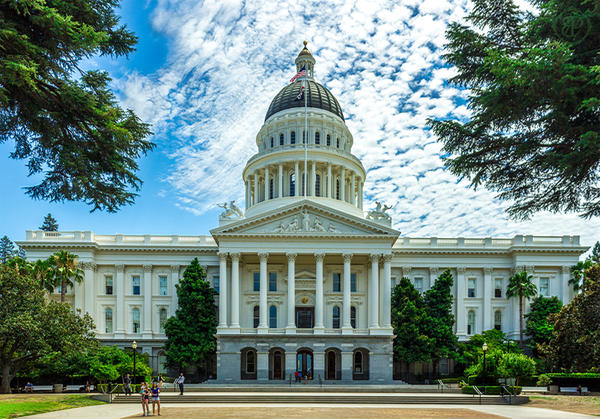 California State Capitol Building by dopey5150