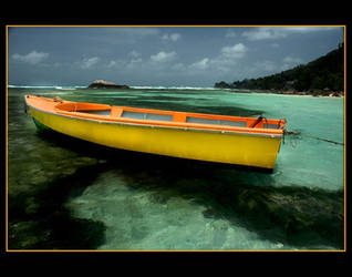 Yellow and orange boat by nikongriffin