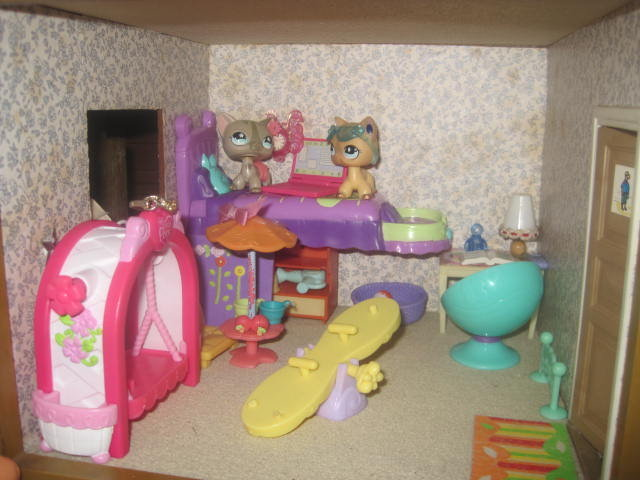 My own design for a lps room by purpleairthebest on deviantart for Decorate my own room