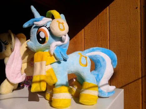 Lyra Heartstrings Plush Winter Outfit