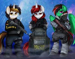 <b>Comm: Rainbow Six Team</b><br><i>pridark</i>