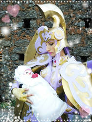 Saori in the small arm to Athena with god cloth !