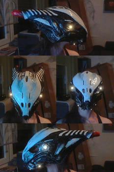 Warframe: Valkyr Bastet Helmet, lights