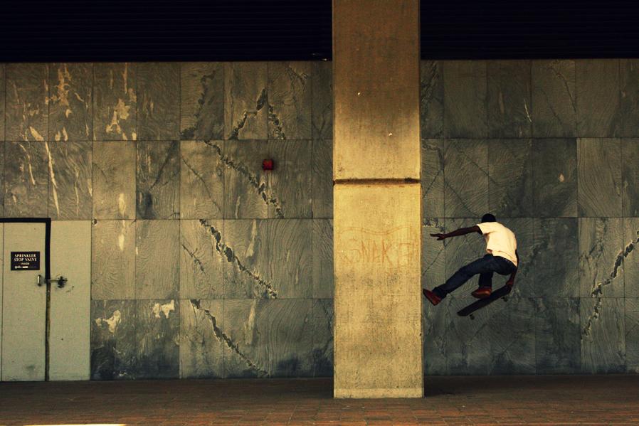 walk on walls. by b2spiritcat
