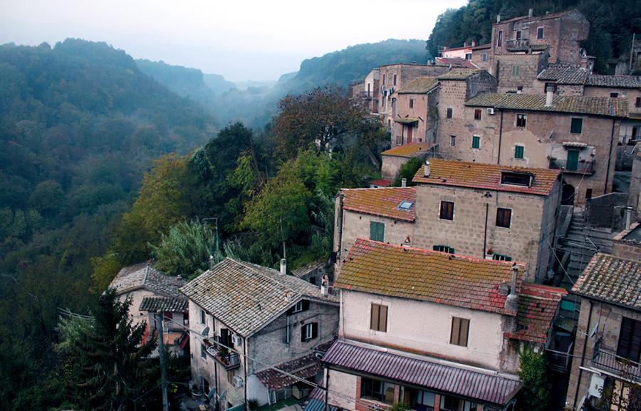 Mazzano Vecchia by b2spiritcat