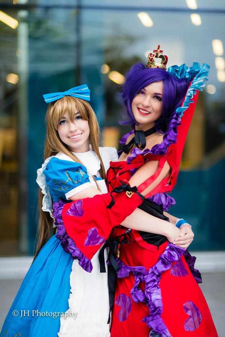 Give me a hug alice by Miameyuki