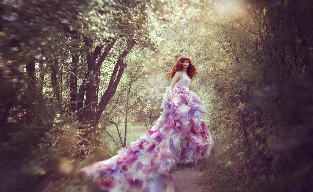 Runaway Princess by BAGIRA-blue
