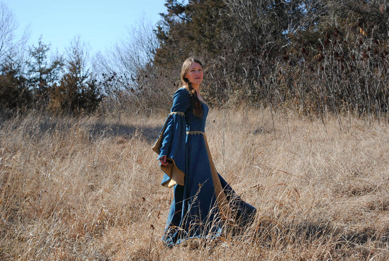 Maid Marian Dress 2 by PirateLotus-Stock