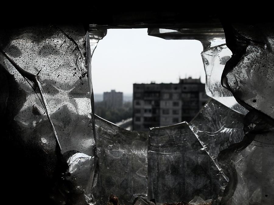 broken window by Die-Schadenfreude