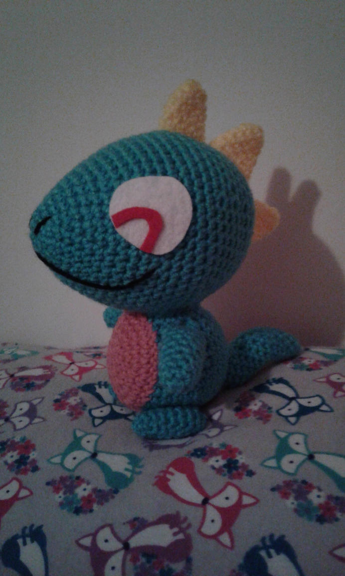 Biting Lizard Plushie by Milayou on DeviantArt