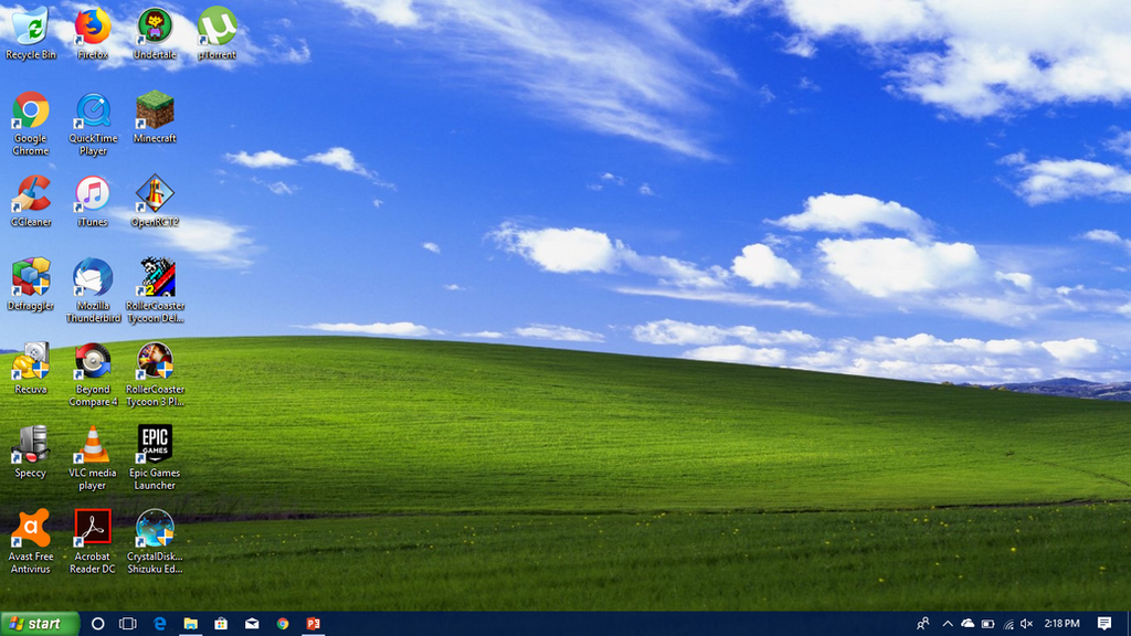 Windows XP-ish Windows 10 Desktop. by ShermanShermanXFive