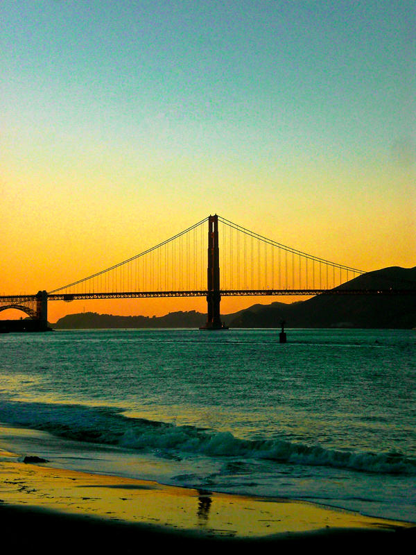 Golden Gate Sunset by Noobai