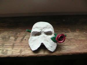 Phantom tie-pin