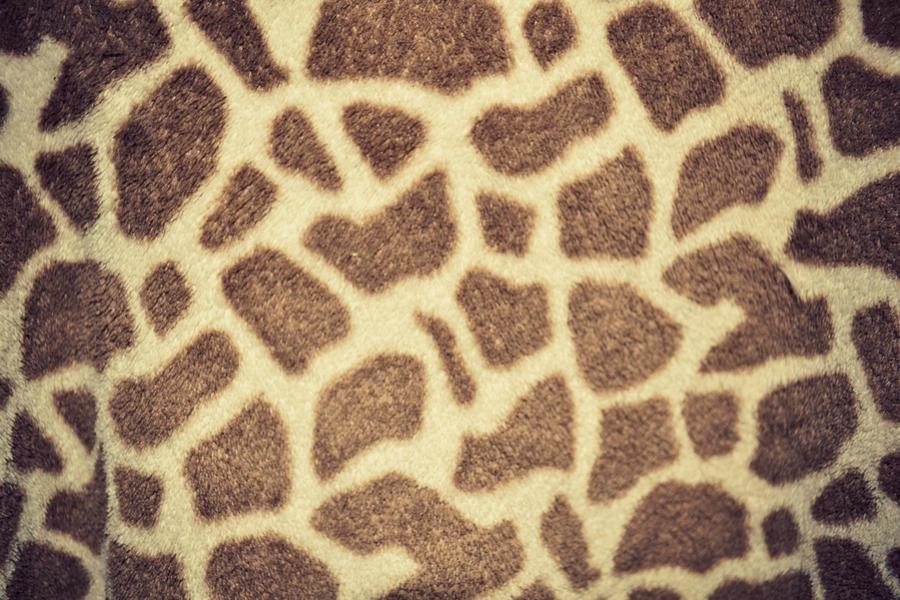 Purple Giraffe Print Wallpaper