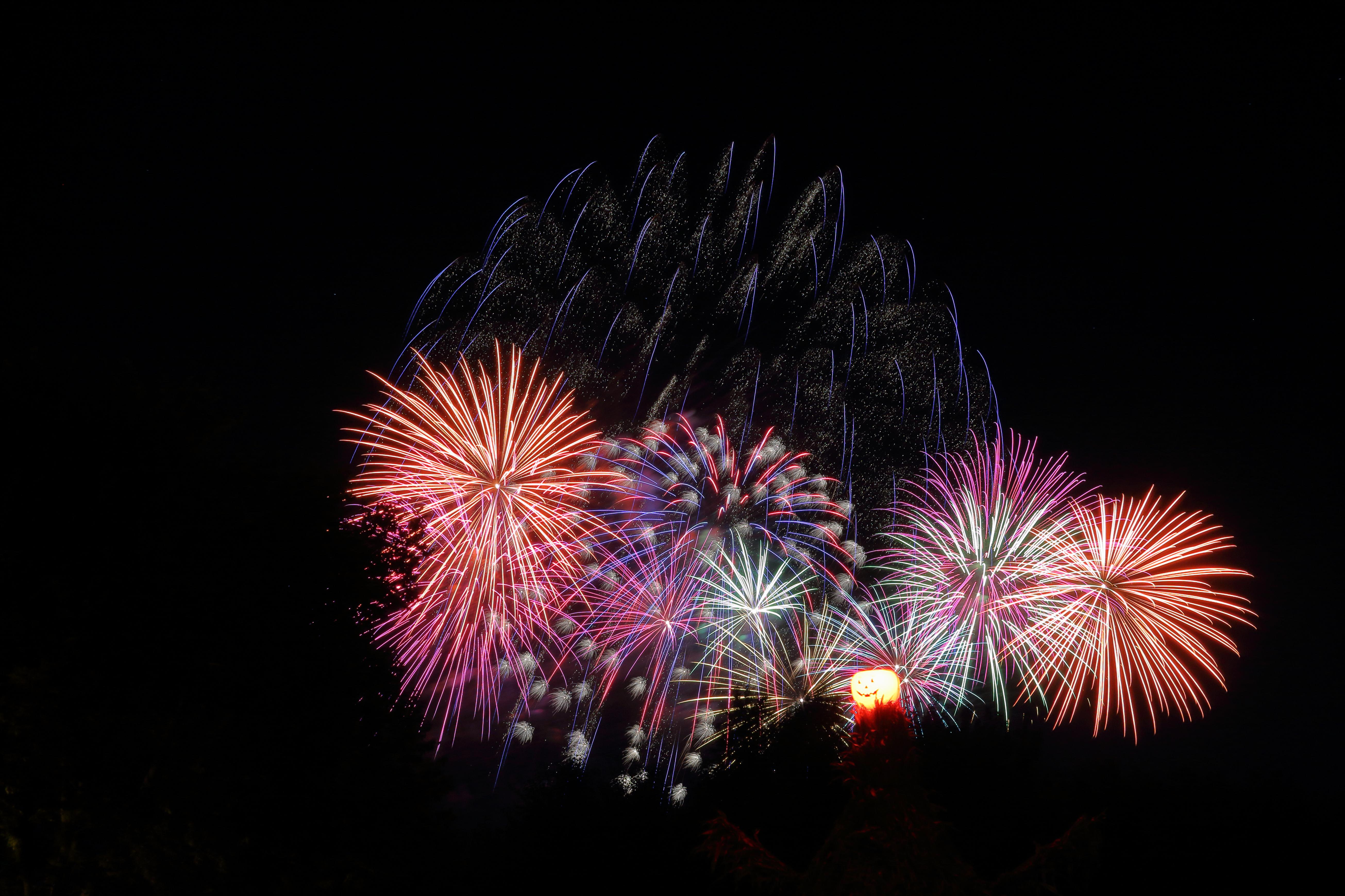 2018-09-21 - Vala's Pumpkin Patch Fireworks by WxKnowltey